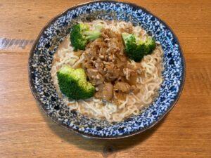 サリ麺の担々麺